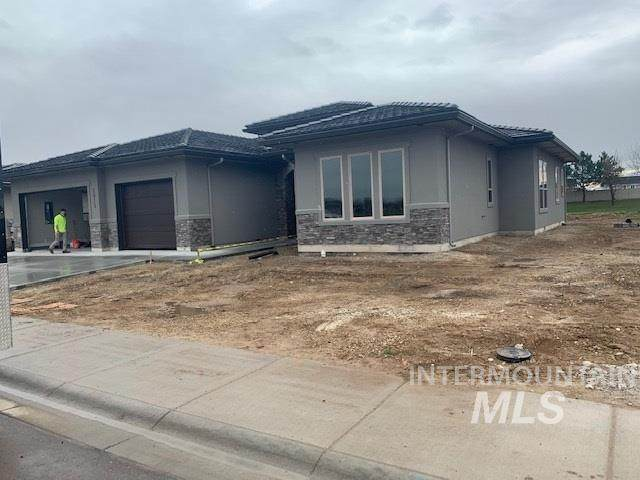 2815 W Three Lakes Dr, Meridian, ID 83646 (MLS #98762340) :: Jon Gosche Real Estate, LLC