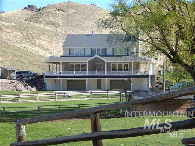 12378 Highway 95, Marsing, ID 83639 (MLS #98766056) :: Adam Alexander