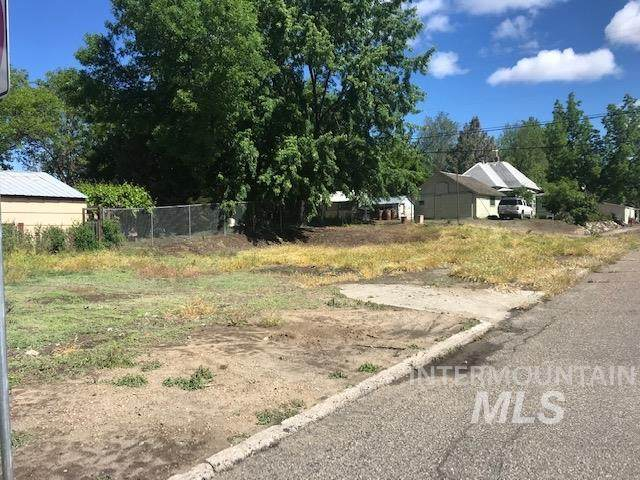 500 W Commercial, Weiser, ID 83672 (MLS #98768031) :: Full Sail Real Estate