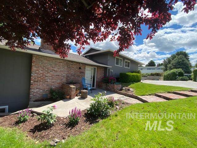 2929 Mayfair Ridge, Lewiston, ID 83501 (MLS #98768102) :: Team One Group Real Estate