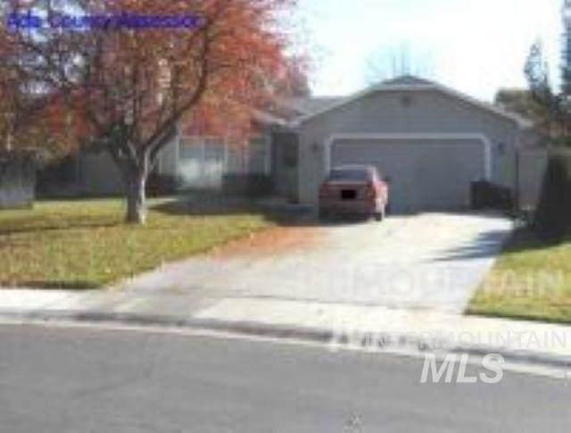 2899 W Stephanie, Meridian, ID 83646 (MLS #98768219) :: Boise River Realty