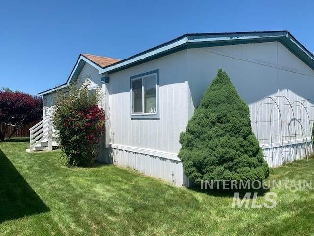2345 Iris Lane, Boise, ID 83704 (MLS #98769162) :: Jon Gosche Real Estate, LLC