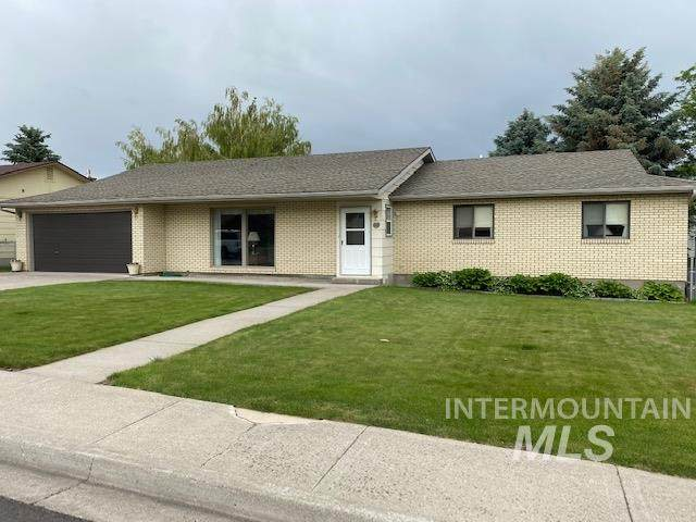 819 E 16th, Jerome, ID 83338 (MLS #98770695) :: Boise Home Pros