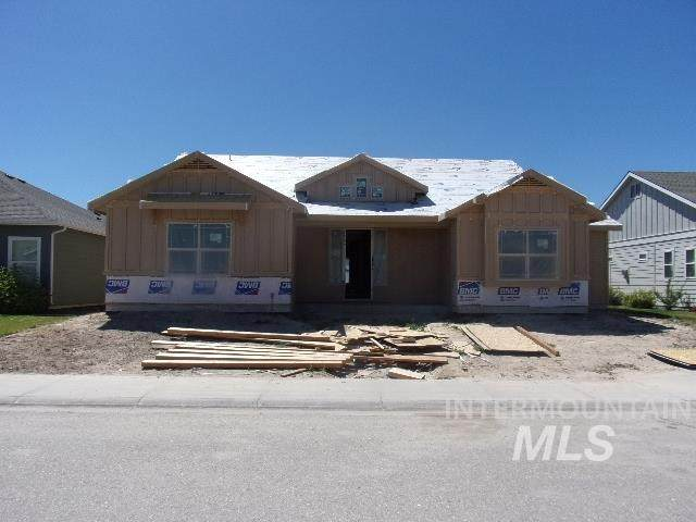 3805 S Teakwood, Nampa, ID 83686 (MLS #98771837) :: Build Idaho