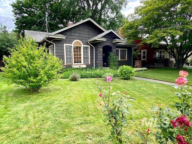 1136 12th Ave, Lewiston, ID 83501 (MLS #98772876) :: Haith Real Estate Team
