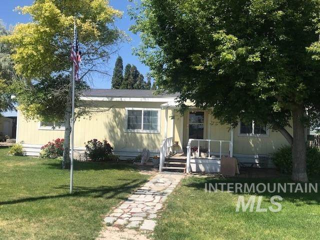 943 N 200 W, Rupert, ID 83350 (MLS #98773089) :: New View Team