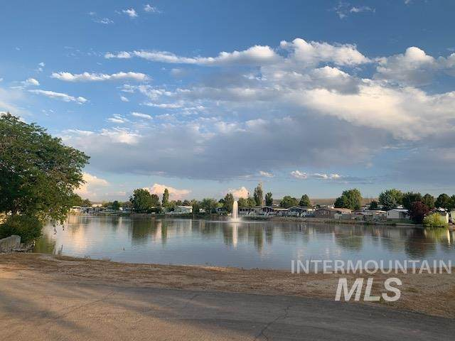 2156 Blue Lake Lane #46, Boise, ID 83716 (MLS #98775627) :: City of Trees Real Estate