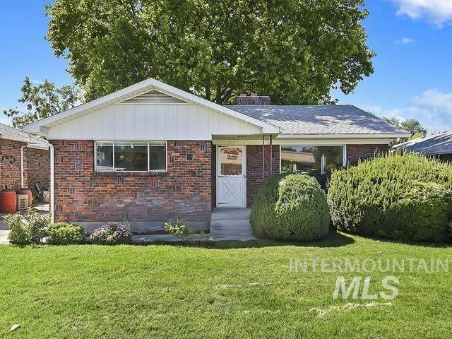 115 Holly St, Nampa, ID 83686 (MLS #98776818) :: Minegar Gamble Premier Real Estate Services