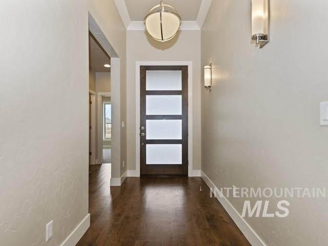 880 W Tida, Meridian, ID 83646 (MLS #98778108) :: Boise Valley Real Estate