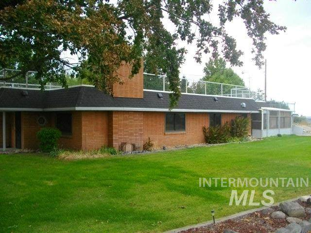 20582 Antrim Drive, Greenleaf, ID 83626 (MLS #98779289) :: Story Real Estate