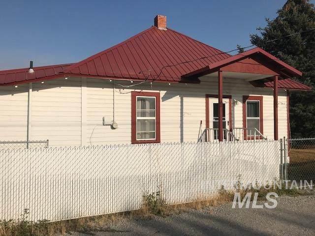 630 E Center Street, Kimberly, ID 83341 (MLS #98780991) :: Jon Gosche Real Estate, LLC
