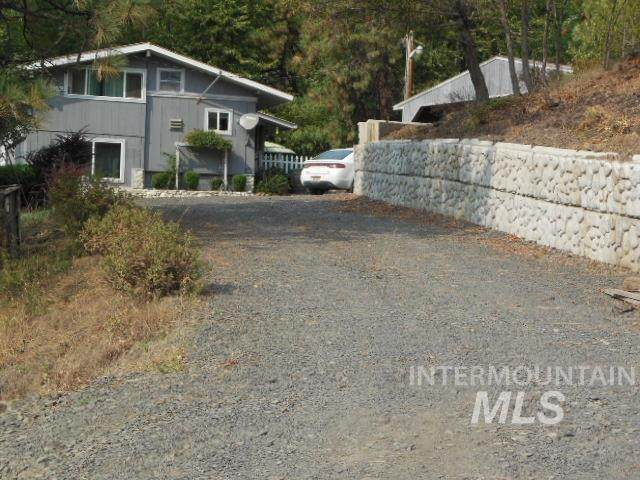 1042 Sunnyside Bench Road - Photo 1