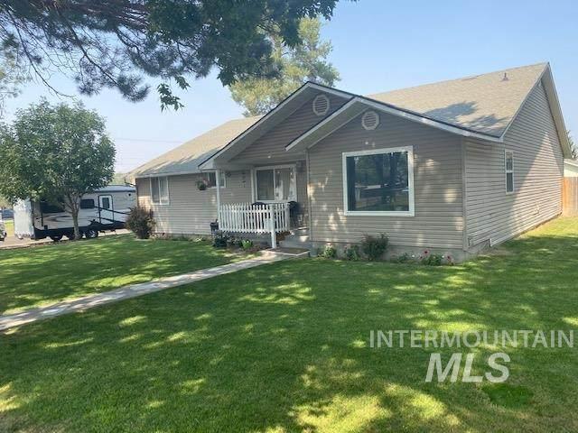 311 Orchard, Hagerman, ID 83332 (MLS #98782922) :: Navigate Real Estate