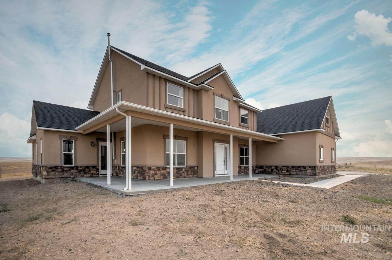 5462 El Paso Rd - Photo 1