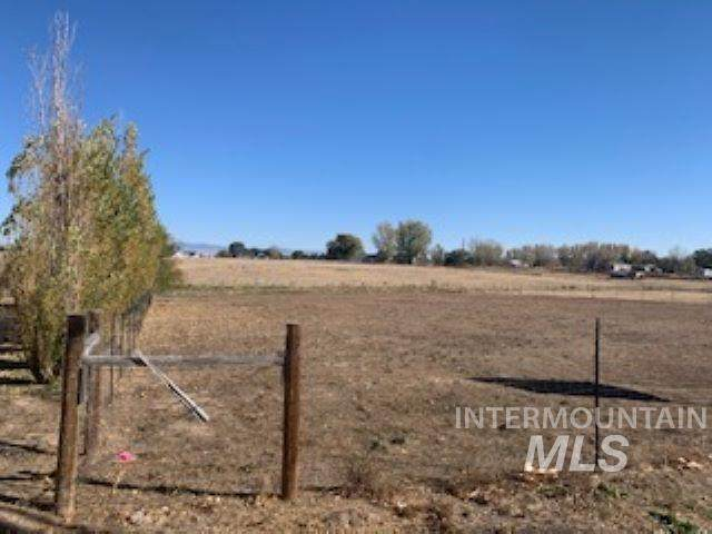 TBD Emmett Rd., Caldwell, ID 83607 (MLS #98785371) :: Team One Group Real Estate