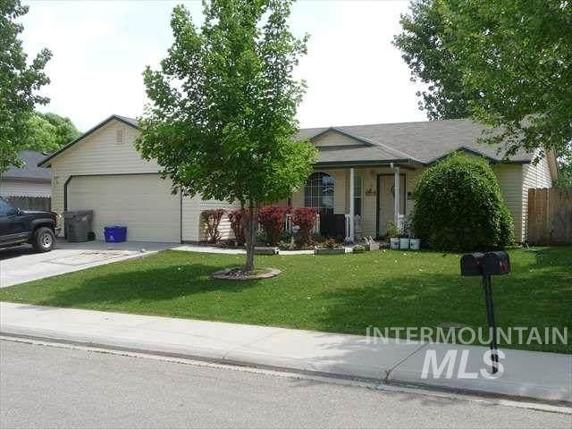 11597 W Rainier Ave, Nampa, ID 83651 (MLS #98785476) :: Bafundi Real Estate
