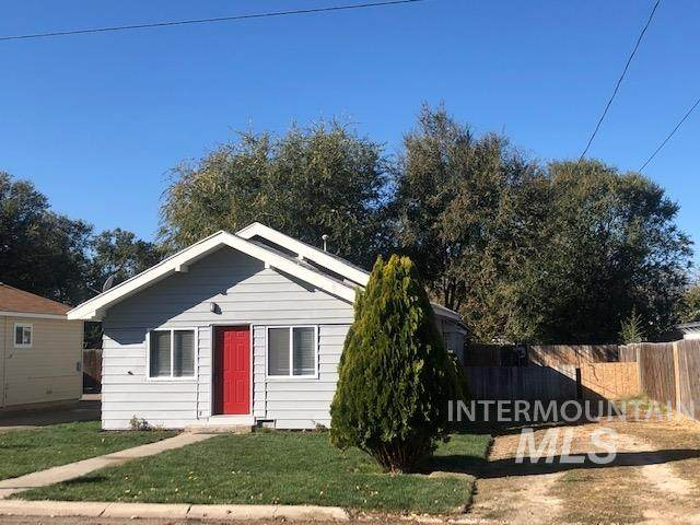 35 N Fairview, Nampa, ID 83651 (MLS #98785575) :: Team One Group Real Estate