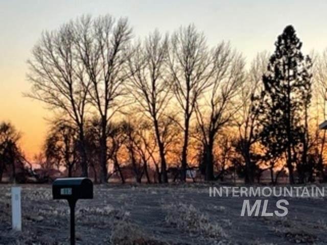 1011 Woodland Street - Photo 1