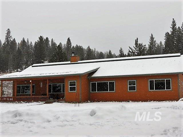 1126 Banks Lowman Rd., Garden Valley, ID 83622 (MLS #98789913) :: The Bean Team