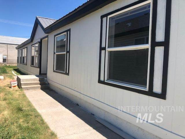 418 2nd Street, Rupert, ID 83350 (MLS #98794367) :: Jon Gosche Real Estate, LLC