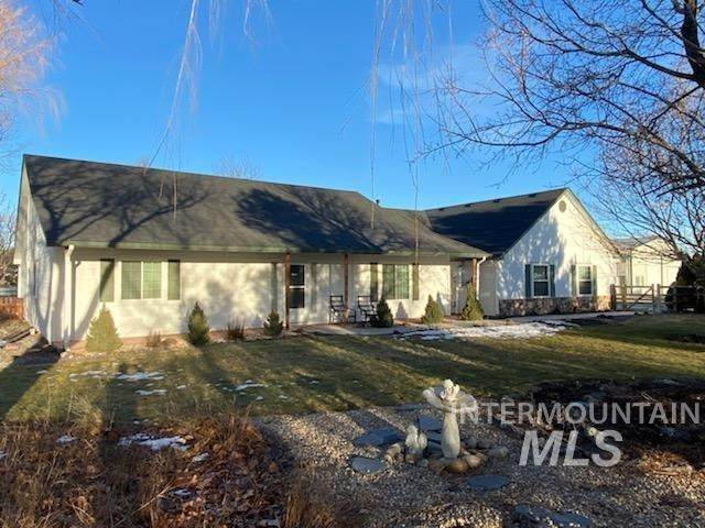 18568 S Cloverdale, Kuna, ID 83634 (MLS #98794591) :: Boise River Realty