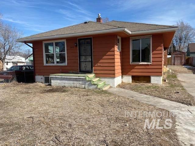 240 Ash St, Twin Falls, ID 83301 (MLS #98795281) :: Boise River Realty