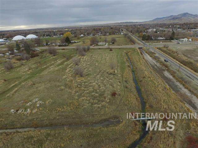34XXX W Tbd Highway 52, Emmett, ID 83617 (MLS #98797138) :: Jon Gosche Real Estate, LLC