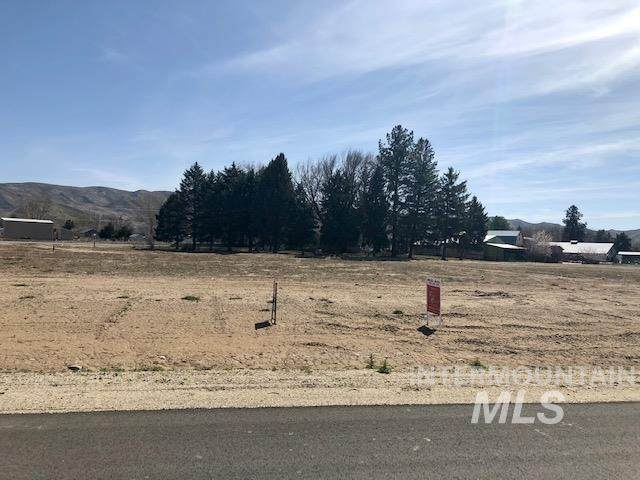 2478 Red Tail Rd, Emmett, ID 83617 (MLS #98798329) :: Jon Gosche Real Estate, LLC