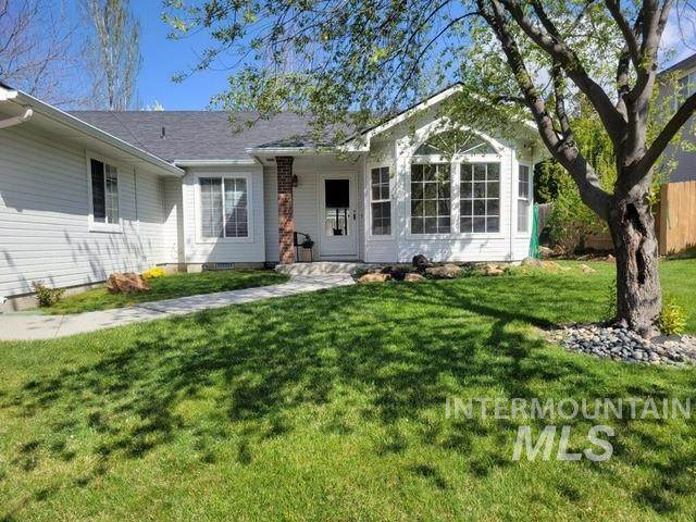 2934 E Fern Brook Drive, Eagle, ID 83616 (MLS #98799986) :: Haith Real Estate Team