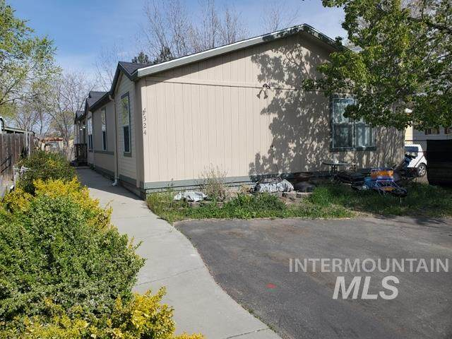 524 Adams Ct - Photo 1