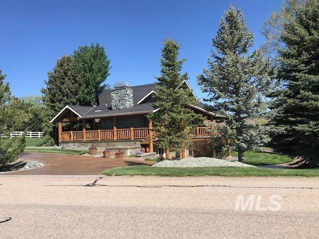 10010 W Deep Canyon Dr, Star, ID 83669 (MLS #98801771) :: City of Trees Real Estate