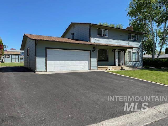 833 Grelle Drive, Lewiston, ID 83501 (MLS #98802098) :: Juniper Realty Group