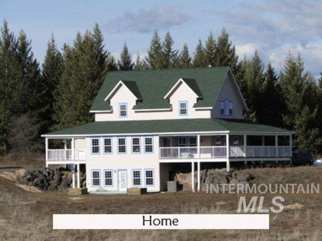 1015 White Pine Flats, Troy, ID 83871 (MLS #98802171) :: Story Real Estate