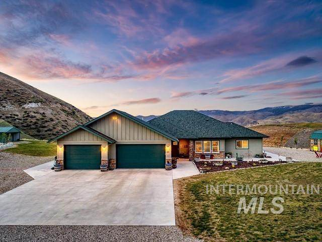 60 Deirdre, Horseshoe Bend, ID 83629 (MLS #98802281) :: Michael Ryan Real Estate