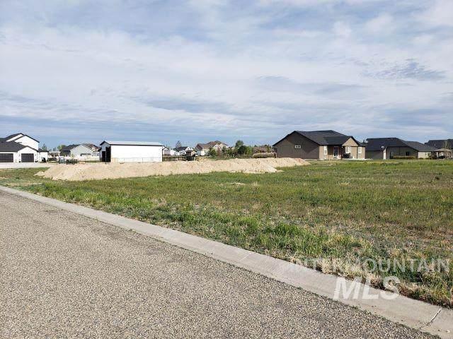 536 Tasia Brianna Drive E, Jerome, ID 83338 (MLS #98802455) :: Jeremy Orton Real Estate Group