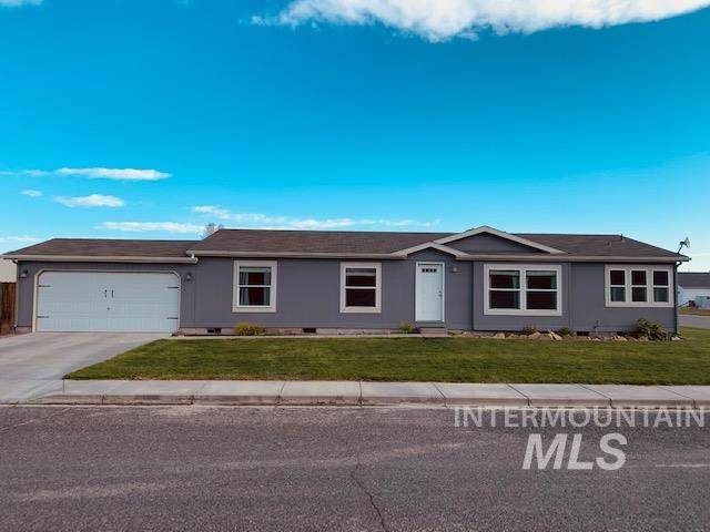 100 Ellsworth St, Vale, OR 97918 (MLS #98802480) :: Silvercreek Realty Group