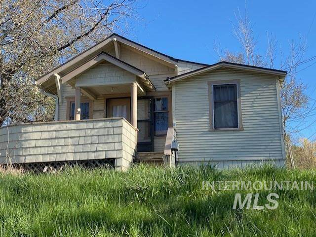 416 W A St, Moscow, ID 83843 (MLS #98802714) :: City of Trees Real Estate