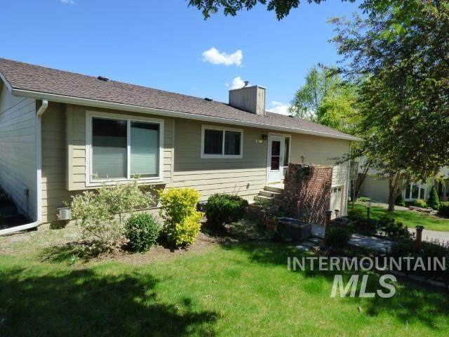 1636 Swallows Nest Loop, Clarkston, WA 99403 (MLS #98802940) :: The Bean Team