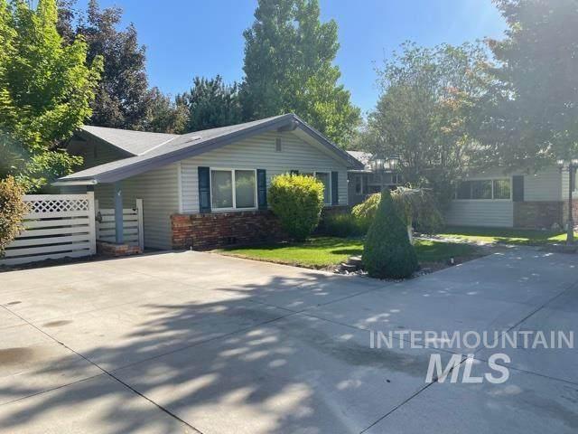 2431 E Falls Ave, Twin Falls, ID 83301 (MLS #98807155) :: City of Trees Real Estate