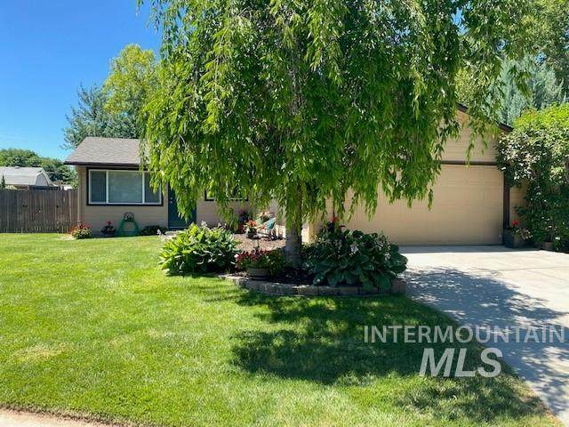869 E Carter, Boise, ID 83706 (MLS #98807526) :: Trailhead Realty Group