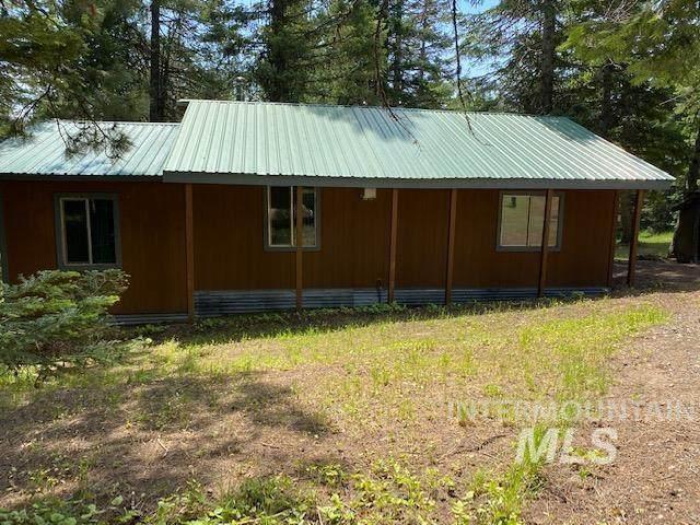3639 W Mountain Rd, Anatone, WA 99401 (MLS #98808095) :: Bafundi Real Estate