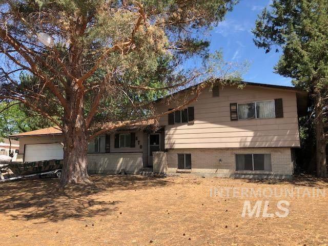 570 E 16th North, Mountain Home, ID 83647 (MLS #98808240) :: Jon Gosche Real Estate, LLC