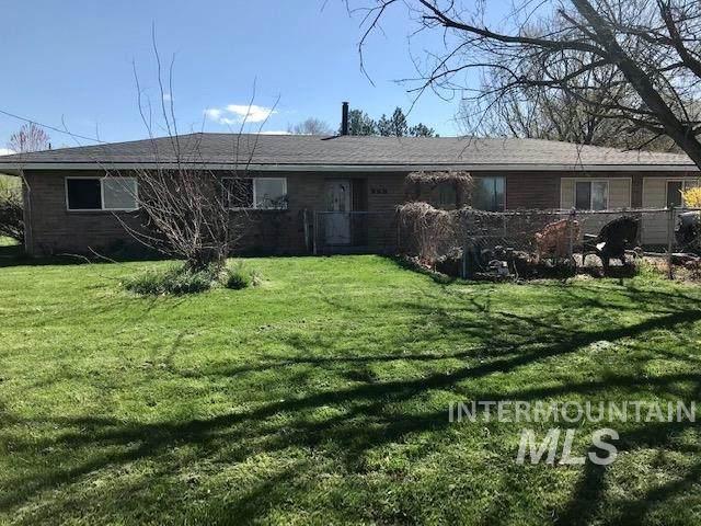 998 N Plaza Rd., Emmett, ID 83617 (MLS #98808407) :: Build Idaho