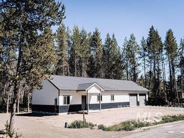 26 White Fir Loop, Donnelly, ID 83615 (MLS #98808460) :: Build Idaho