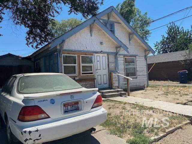 328 Jerome St. E & 402 4th Ave. E - Photo 1
