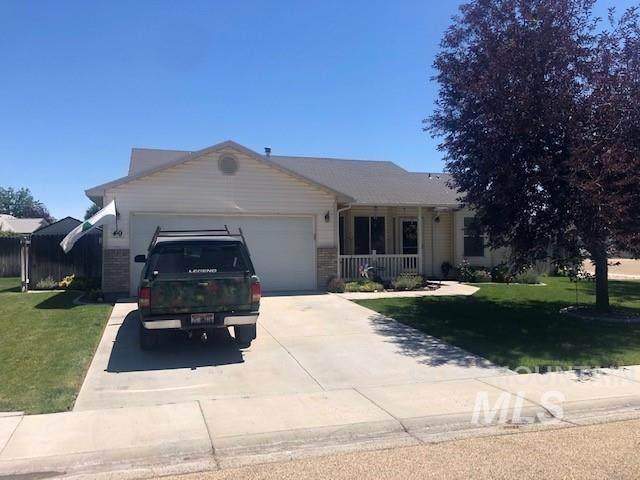49 S Tamarack Way, Nampa, ID 83651 (MLS #98809870) :: Minegar Gamble Premier Real Estate Services