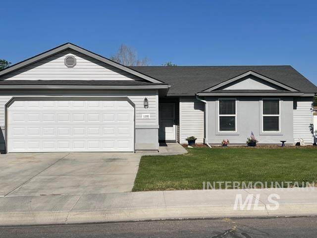 1295 Golden Pheasant, Twin Falls, ID 83301 (MLS #98810196) :: Michael Ryan Real Estate