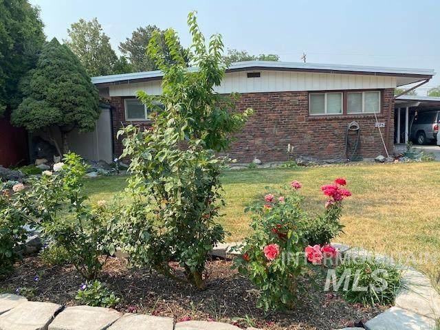 275 Filer Avenue West, Twin Falls, ID 83301 (MLS #98811304) :: Michael Ryan Real Estate
