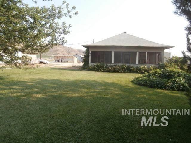 2731 Cherry Lane, Emmett, ID 83617 (MLS #98811491) :: Boise River Realty