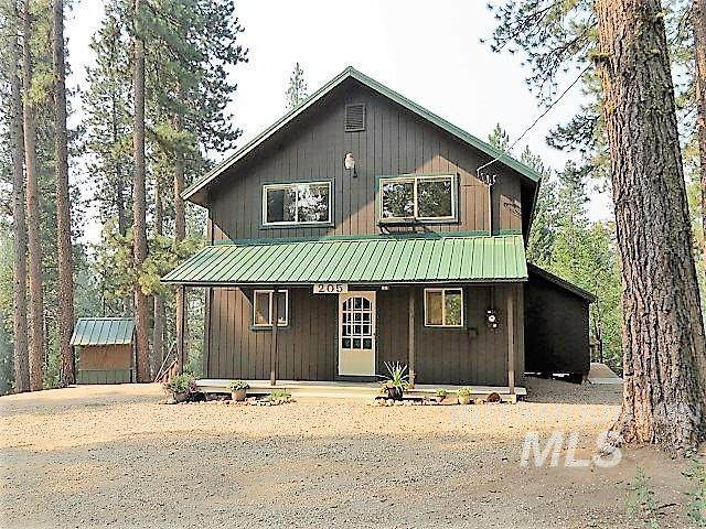 205 Holiday Dr., Garden Valley, ID 83622 (MLS #98811781) :: Haith Real Estate Team